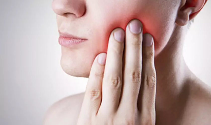 10 Home Remedies for a Toothache